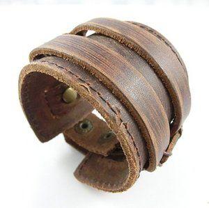 pulsera de cuero para hombre en brazalete
