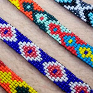 pulsera de hilo para hacerlas a tu gusto y de todos los colores